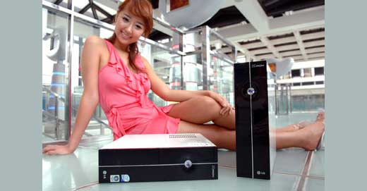 It is happen during COMPUTEX Taipei 2007, yes LG has new mini desktop PC X820 which is powered by 2.13GHz Intel Core 2 Duo processor (4MB L2 cache), 1024MB of memory, and 500GB of HDD. Coming with 512MB GeForce 7650 GS card users should has no problem running any multimedia […]