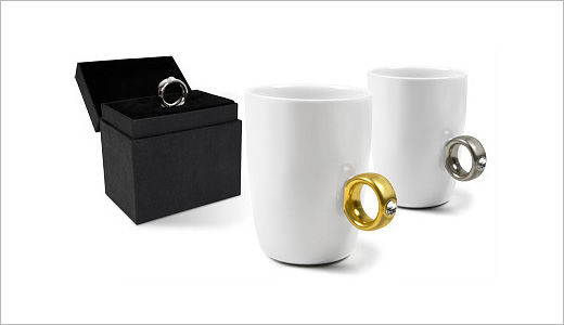 Available in two models including Gold and Platinum, the 2 Carat Mug currently in stock with price tag of £9.95 at Firebox.com. Beautified with a genuine Swarovski crystal, this mug has a handle resembling an engagement-style ring. Aside from its initial comedic shock value the 2 Carat Mug is a […]