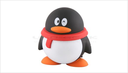 All Linux fans will agree that this penguin is not tux, the legendary Linux logo. But at least it's the same penguin. Measuring 76.5 x 72 x 59.5mm, this mini USB speaker comes with dual 3.2cm speaker and built-in rechargeable battery. Price: US$ 12.00