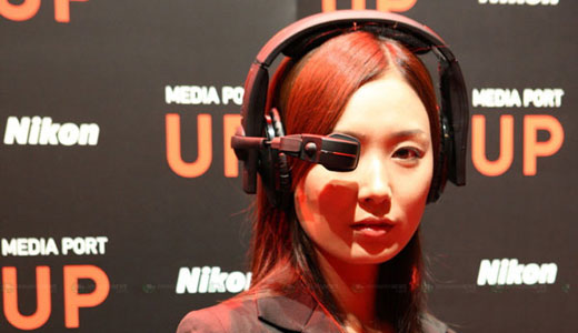Nikon announced the world's first multimedia playback headset with built-in Wi-Fi capability. This new invention by Nikon allows users to virtually enjoy image and video viewing at 50-inch screen from a distance of 3 meters, wow. Available in two models including UP300x and the standard UP300, this multimedia playback headset […]