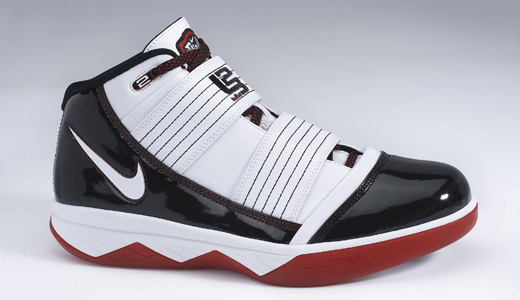 The Nike Zoom Soldier III is the lightest shoe designed for Lebron James, Cleveland's basketball player. Weighing in at a mere 13.7 ounces, the shoe features a mesh upper, two synthetic-leather straps, Nike Zoom Air units in the heel and forefootand, and a modern solid rubber outsole.