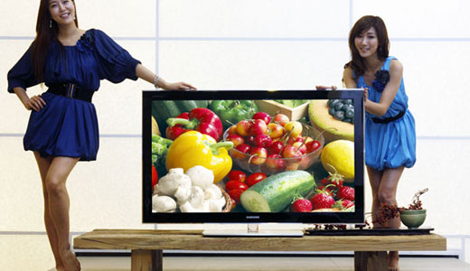 "With a thickness of 2.9cm, the new Samsung 850 PAVV 50″ Plasma TV weighs at only 26kg. As the latest PDP TV from Samsung, the 850 PAVV consumes less power and 26% lighter compare to its predecessor. Highlights: Full HD Crystal Engine, DLNA Support, ""USB 2.0 Videos"" to watch DivX […]"
