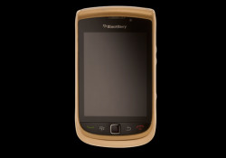 Luxury designer Alexander Amosu has created his latest master piece, 18 carat solid gold blackberry torch. The mid frame in 18 carat solid gold and weighs approximately 38gms whilst the other parts are in metallic gold colour. This limited edition handset was made to order by an international super model […]