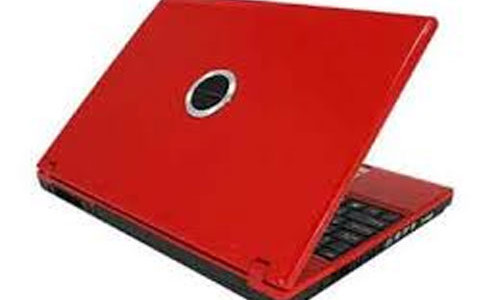 "Yes, my current valentine's theme is red. We noticed that Valentine's Day is almost upon us, suddenly everything, everywhere is pink, or red (at least for me). The world of gadgets is no exception, and this red laptop from ColorWare is being touted as a romantic"" notebook computer which would […]"