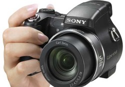 The New DSC-H7 is the latest Sony's high end camera model, it is made from plastic and the design has a fresh look. Featuring Super Steady Shot (image stabilizer), this 8.1Mpix camera support up to ISO3200. Another high end feature includes: 15x optical zoom, a video output to connect to […]