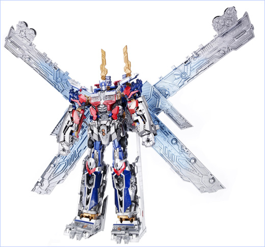 The ULTIMATE OPTIMUS PRIME Figure