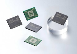 Samsung has begun volume production of 128-gigabyte (GB) embedded memory for next-generation mobile devices. The production of the new 128GB eMMC (embedded multimedia card) Pro Class 1500 has started in late August. My iPhone 3G has just 8GB built-in storage, but after 4 years, I have no way to spend […]