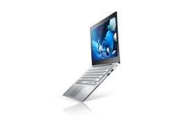 Along with the new Series 7 Chronos, Samsung also announced the new Series 7 Ultra at the International Consumer Electronics Show (CES), January 2013. This ultra-slim ultrabook is configured with Intel® Core™ i5 or i7 processors and up to 256GB SSD. Regarding multimedia, the Series 7 Ultra features a high […]